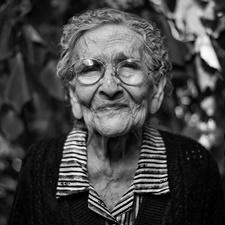 Alzheimer: Este posibilă prevenirea cu vitamina C?