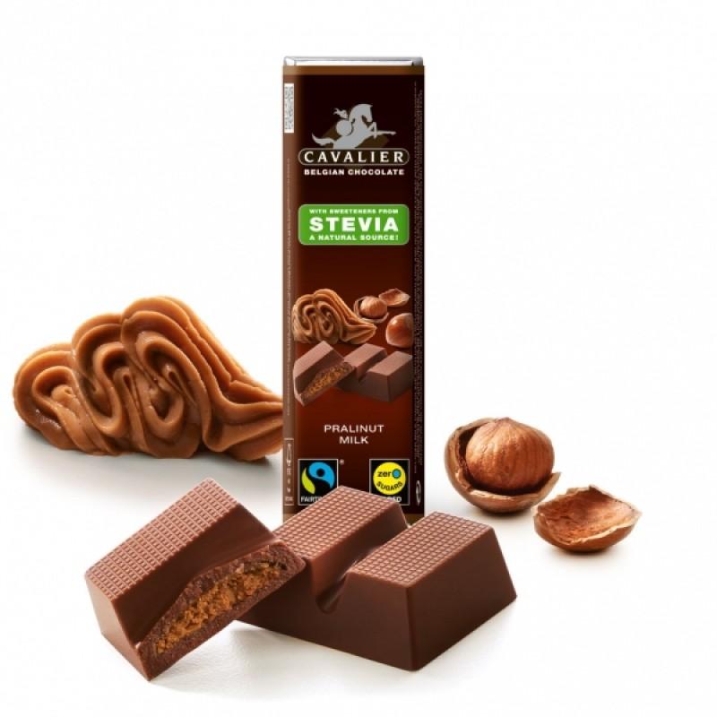 Ciocolata de lapte cu praline de alune (40 grame), Cavalier